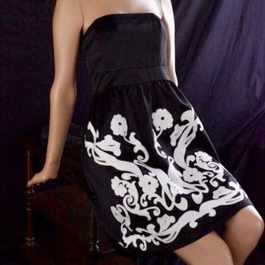 Strapless Black Dress with White Embroidery